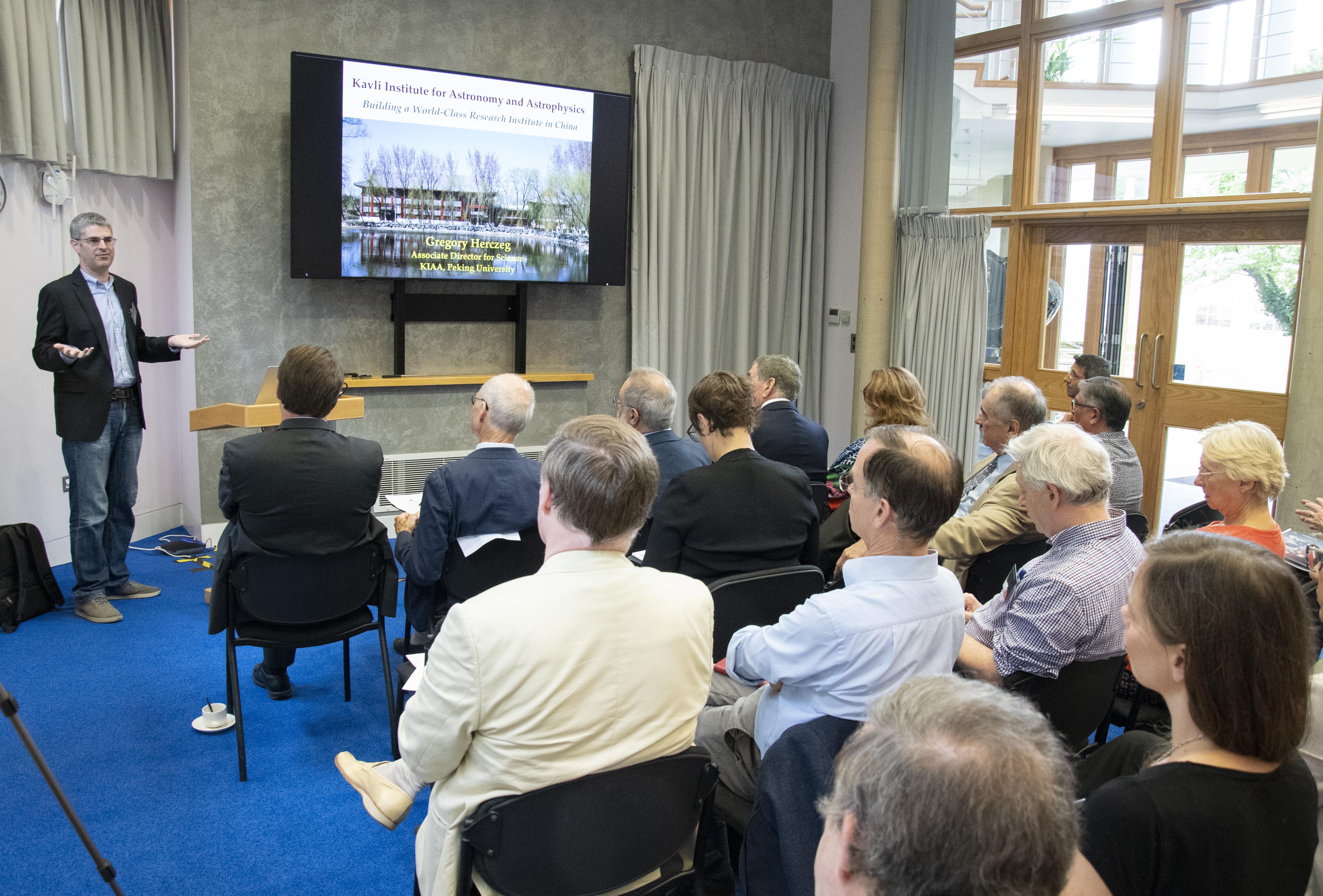 Morning presentations: Gregory Herczeg